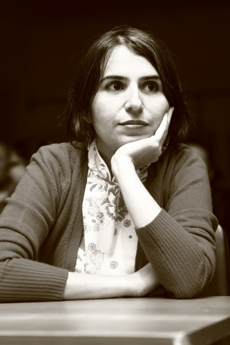 Turkse dichter Zeynep Köylü woont 15-jarig bestaan van PEN-schrijversflat bij (Antwerpen, 17 november 2017)