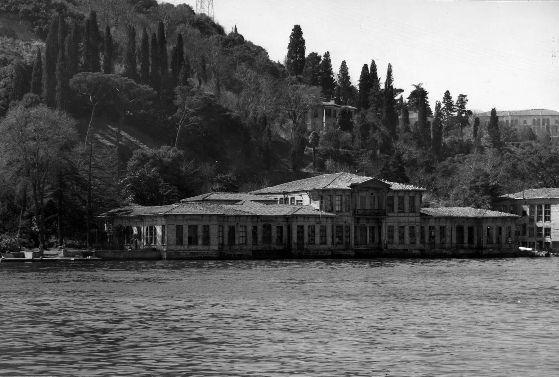 Nawoord bij 'Sereen' van Ahmet Hamdi Tanpınar