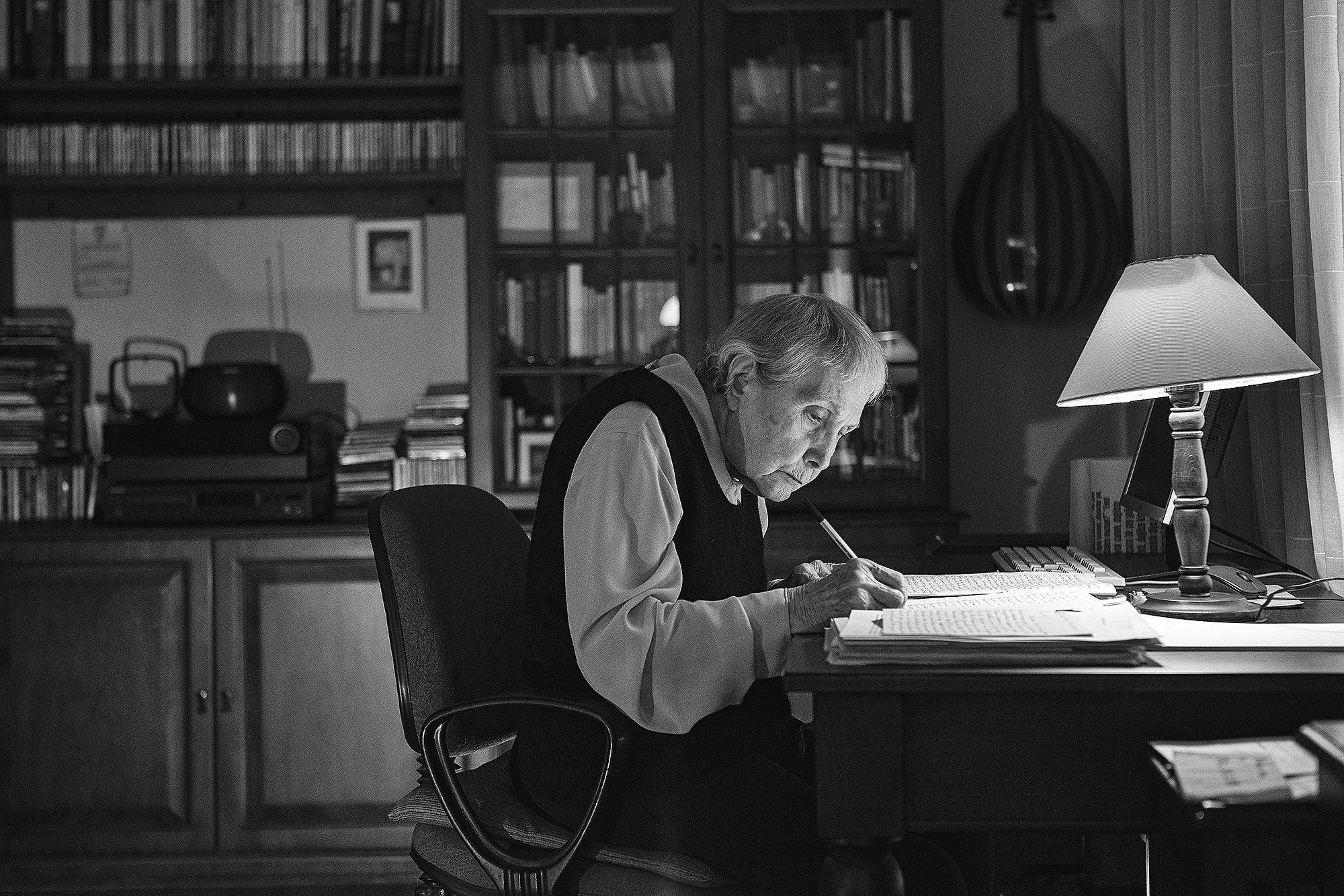 In memoriam voor Adalet Ağaoğlu (1929-2020) in De Groene Amsterdammer